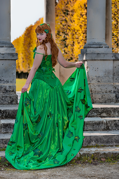 cosplay poison ivy dc comics dos traine feuilles taffetas corset satin made in france