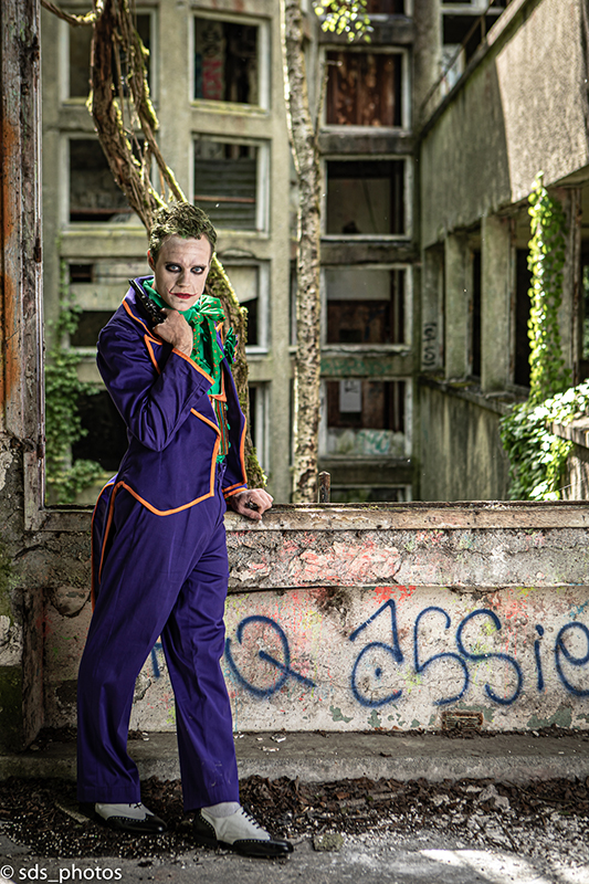 cosplay le joker made in france dc comics gotham batman