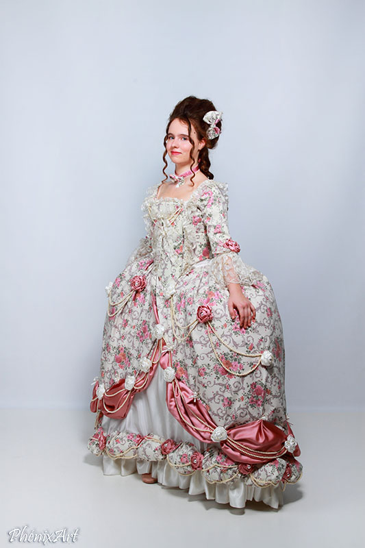 madame elisabeth costume marie antoinette versailles baroque shooting photo animation costumee il etait une fois made in france