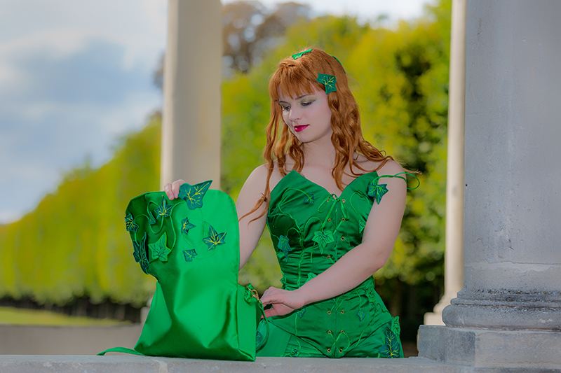poison ivy sac vert satin soie viscose made in france luxe cosplay costume haut de gamme