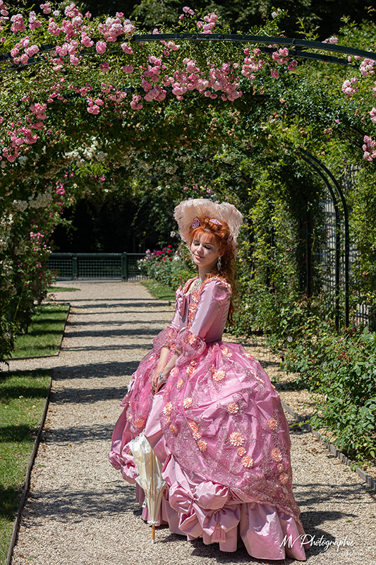 marie antoinette costume baroque xviii eme siecle chant danse theatre magie animations luxe il etait une fois made in france